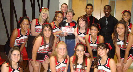 Cheerleaders Lead Euless Jr High To 200 In Donations
